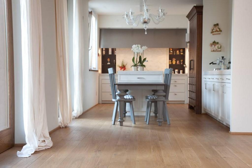 Parquet in cucina - Casa con parquet ...